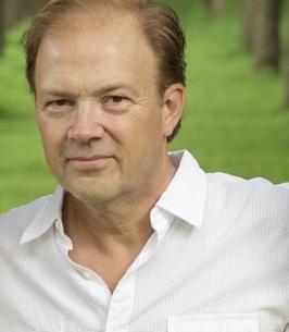 Stephen Houser